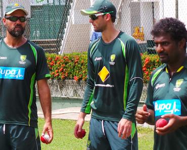 Muttiah Muralitharan coaching the Australian team