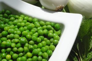 green peas nutrition information