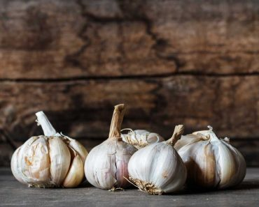 Garlic-benefits-useful-tips