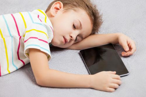 sleeping-boy-with-tablet
